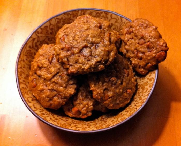 Maple Cinnamon Oatmeal Cookies | Num Num Bars & Cookies | Pinterest