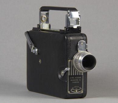 this cine kodak magazine 16 camera belonged to king george