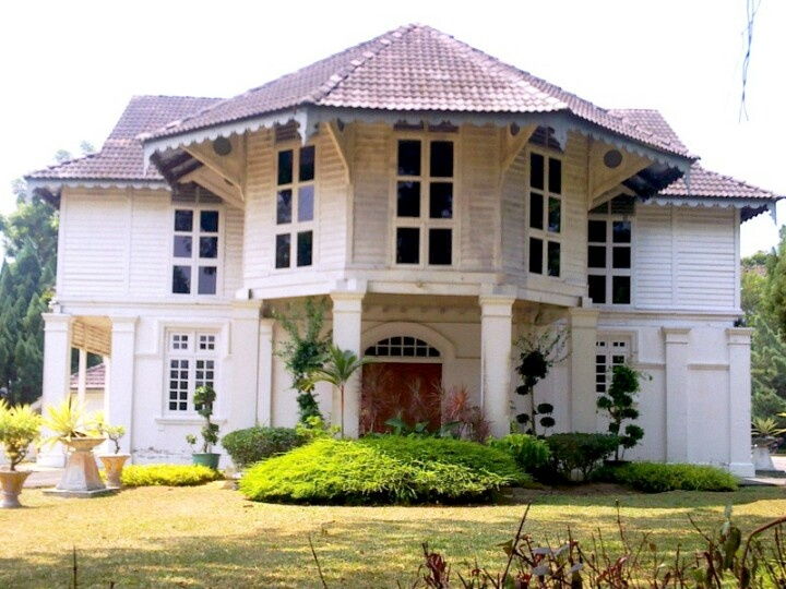 colonial house in Malaysia | Home Decor | Pinterest