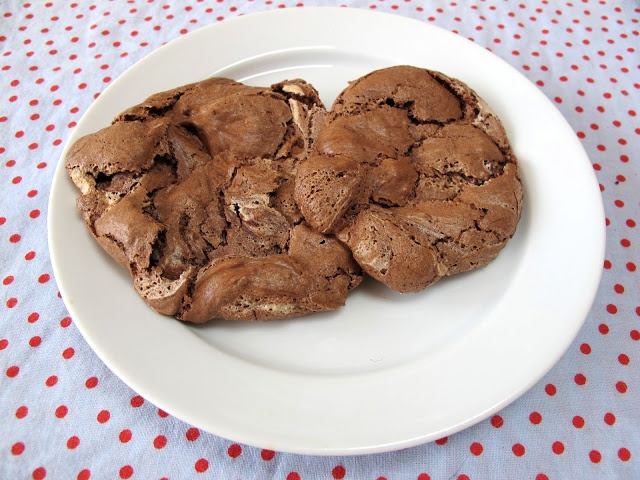 maya*made: chocolate clouds | cookies misc | Pinterest