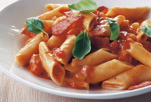 Tomato and bacon penne | something to tickle my taste buds! | Pintere ...