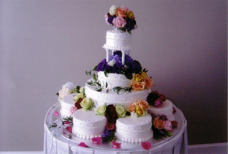 satellite wedding cakes