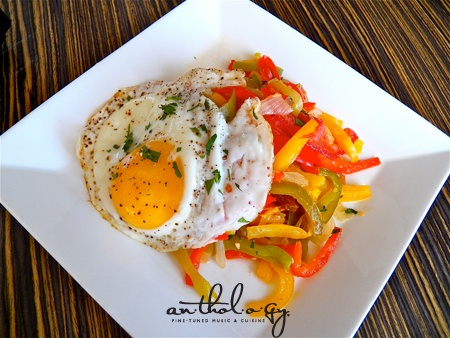 Basque Piperade recipe! Super simple dish involving peppers and eggs ...