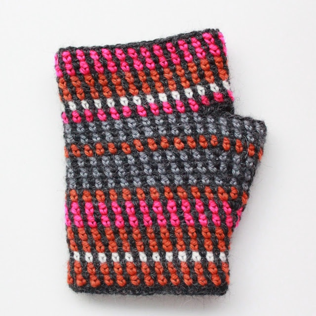 Crochet Fingerless Gloves Mitten Pattern : fingerless mittens #crochet Crafty Pinterest