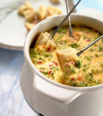 Creamy Veggie Fondue...this is to DIE for. and LOVE the website ...