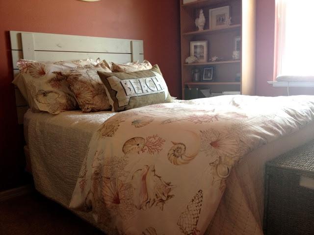 Diy simple cheap shabby chic headboard bedroom pinterest for Cheap shabby chic bedroom ideas