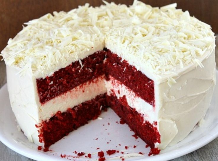 Red Velvet Cheesecake Cake - I made this without the cheesecake center ...