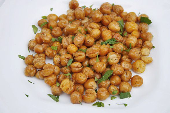Spiced Roasted Chickpeas | Eat Drink Be Merry | Pinterest