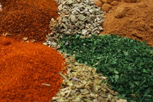Storing Bulk Herbs and Spices using a Foodsaver