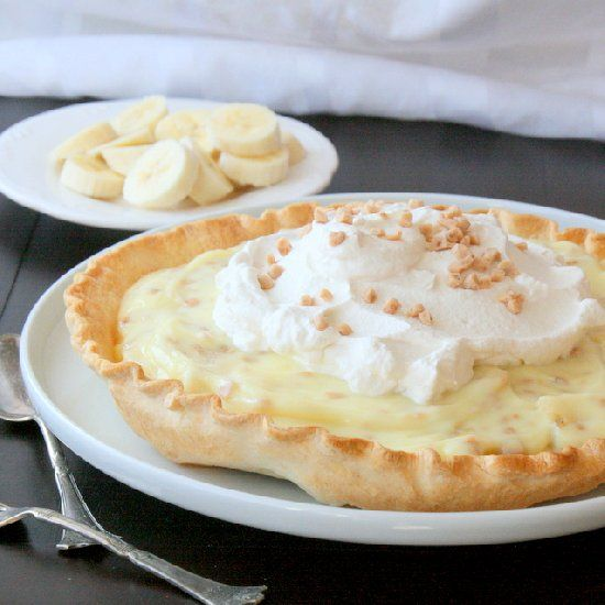 Toffee Coffee Banana Cream Pie. An impressive pie that is super easy ...