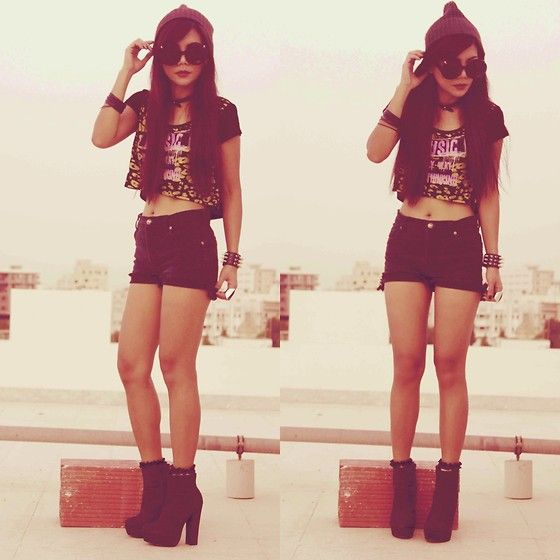 Jaded Sunnies, H Leather Choker, Splash Top, Vintage High Waisted Shorts, Topshop Lace Socks, Forever 21 Boots