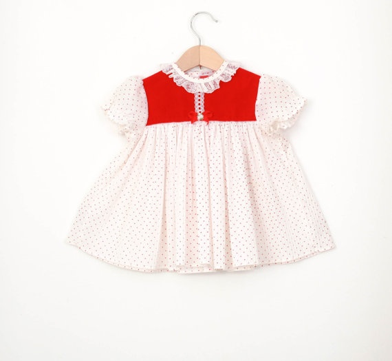 Vintage baby dress in red velvet accordion pleats and by udaskids 9