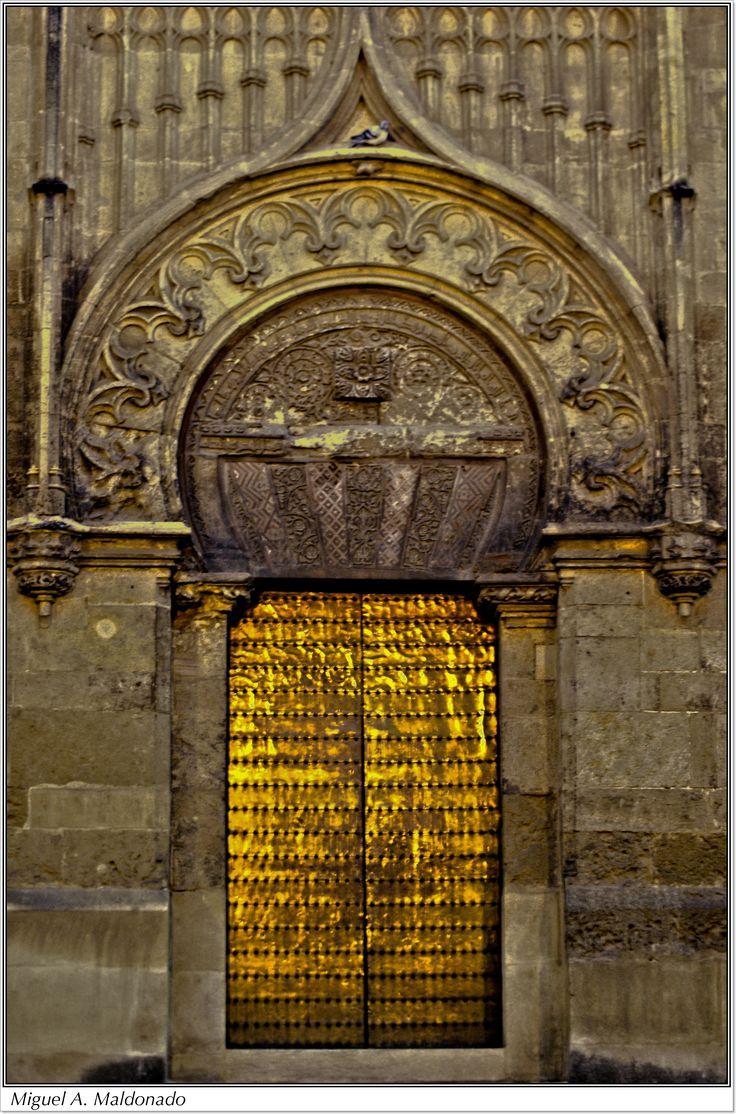 Puerta de la Mezquita, Coroba, once the capital of Moorish Spain...  http://www.costatropicalevents.com/en/costa-tropical-events/andalusia/cities/cordoba.html     .....rh