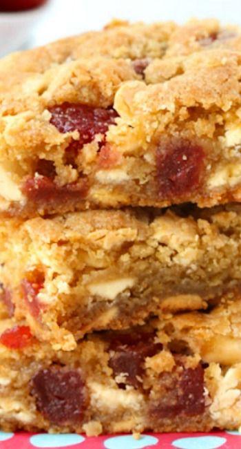 Strawberries and Cream Chocolate Chip Cookies Bars | Recipe
