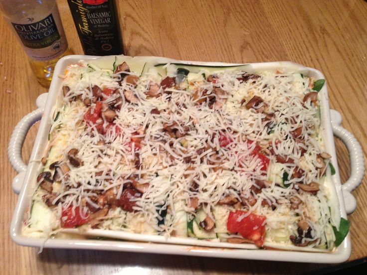 Yellow Squash With Grape Tomatoes, Garlic, Thyme And ...