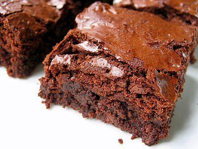 Ghirardelli Fudgy Gluten Free Brownies | G-Free Foodie #GlutenFree