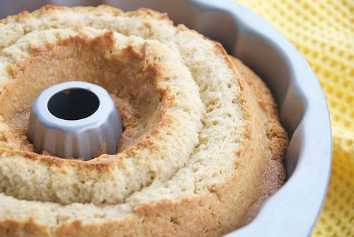 golden rum cake from Booze Cakes cookbook by Food Blogga, via Flickr