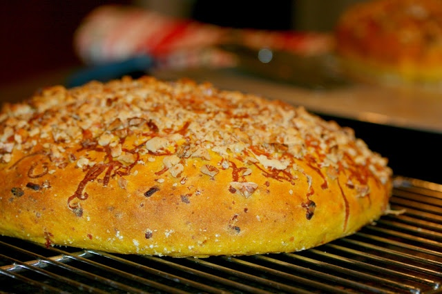 Pumpkin-Walnut Focaccia with Gruyere: This bread is EXCEPTIONAL with a ...