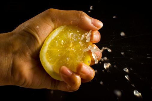 Every so often, it is a good idea to give your hair a good cleanse to remove oily build up and product residue that coats strands over time. You can either buy yourself an especially designed commercial or mix citrus fruit juice (lemon is the best) with water and use it to rinse your locks – it does the trick fabulously.    -juice one lemon and mix it in with a quarter cup of warm water, you can apply it to your hair for about 5 minutes, and voila!