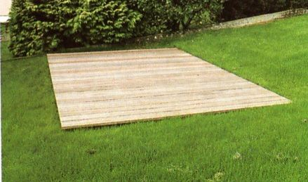 Love this low profile deck idea garden pinterest for Building a low profile deck