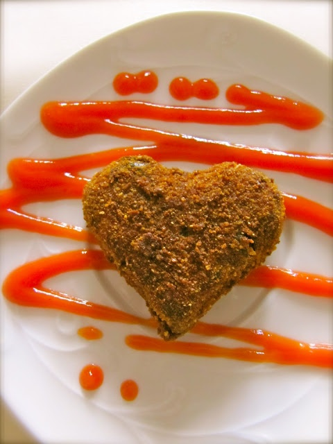 Spicy Chicken Cutlets: Ingredients 2 cups chicken, boiled and minced 3 ...