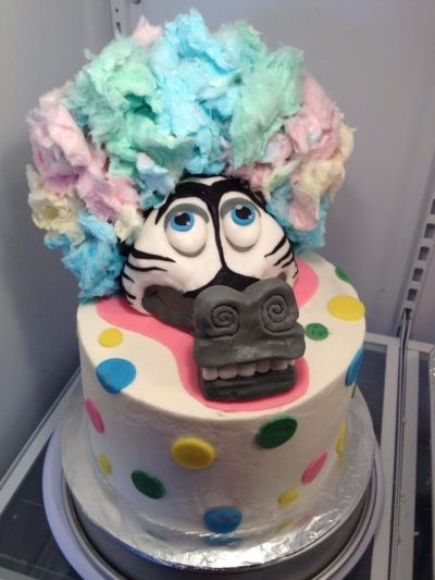 How to make Madagascar hair!  Learn to make fondant for decorating here.... I dont cook and would never try this but I think this is just the coolest looking cake!
