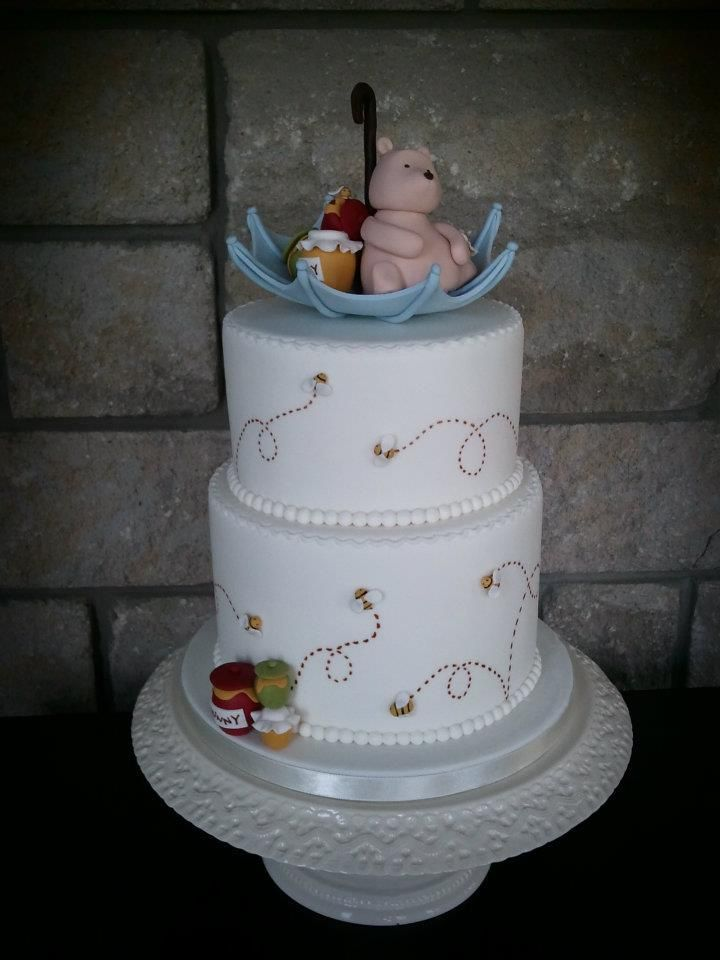classic pooh baby shower baby shower cakes pops pinterest