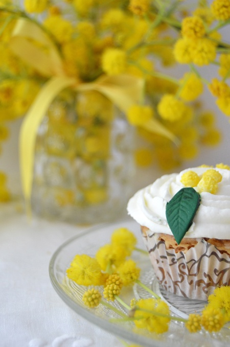 Mimosa cupcake | Cakes and Cupcakes! | Pinterest