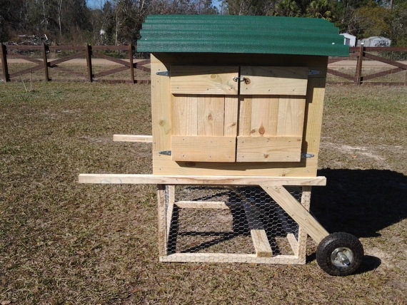Abby 39 S Mobile Urban Chicken Coop Chickens Pinterest