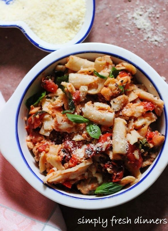 Healthy Baked Penne with Turkey, Tomatoes and Basil #food #recipes