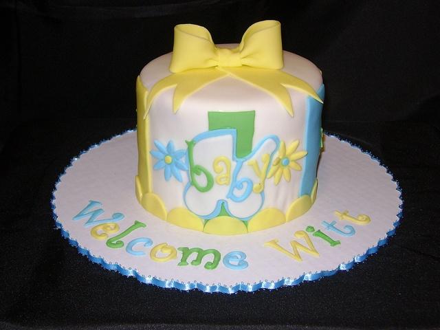 baby shower cake alice in wonderland cakes pinterest