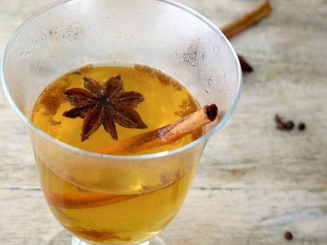 Spiked Mulled Cider: Spiced Rum, apple cider, mulling spices, vanilla ...