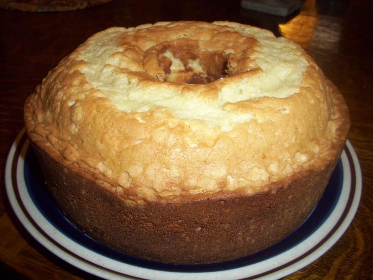 Brown Sugar Pound Cake with Caramel Dunking Sauce Sweet, sassy ...