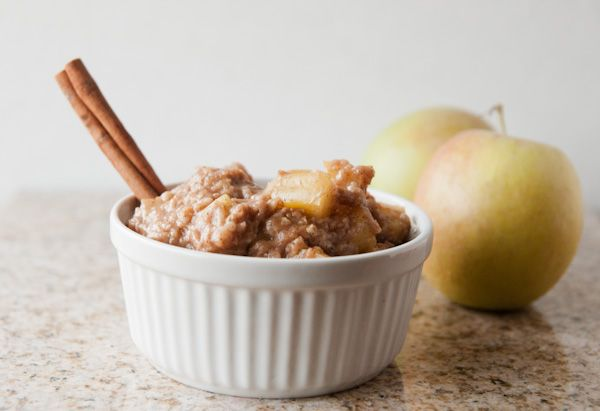 Crock Pot Skinny Caramel Apple Pie Oats {Sensationally Seasonal}