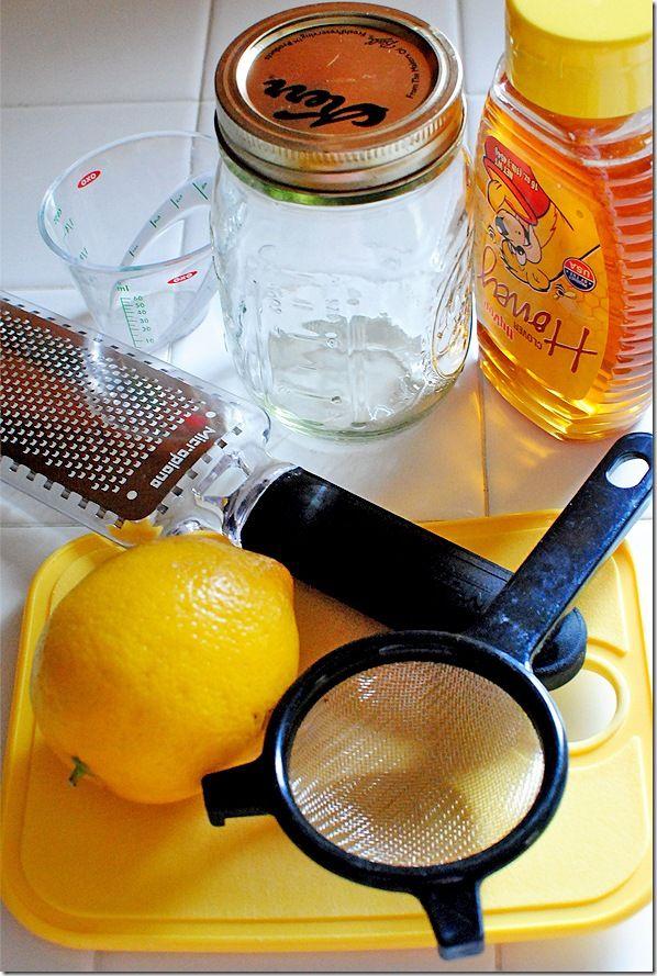 Sweet Corn & Quinoa with Honey Lemon Vinaigrette | Iowa Girl Eats