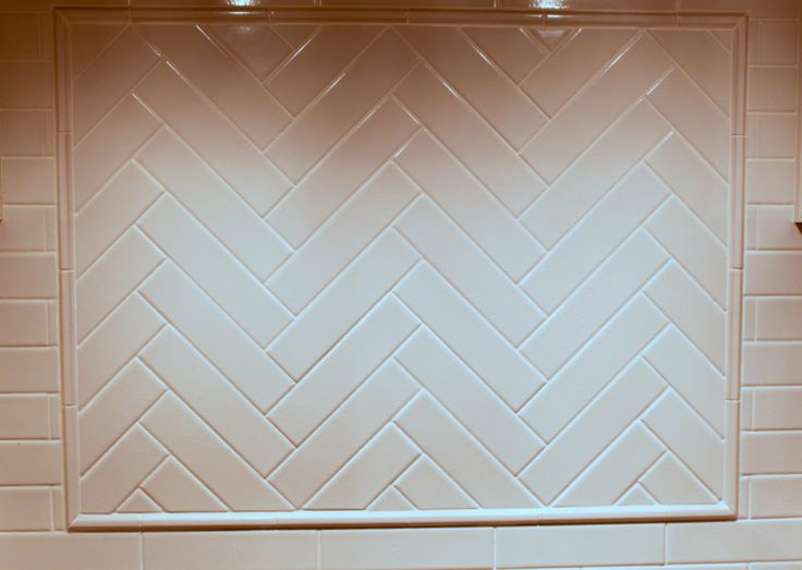 cream subway tile backsplash the fireplace surround is done in 2 x4