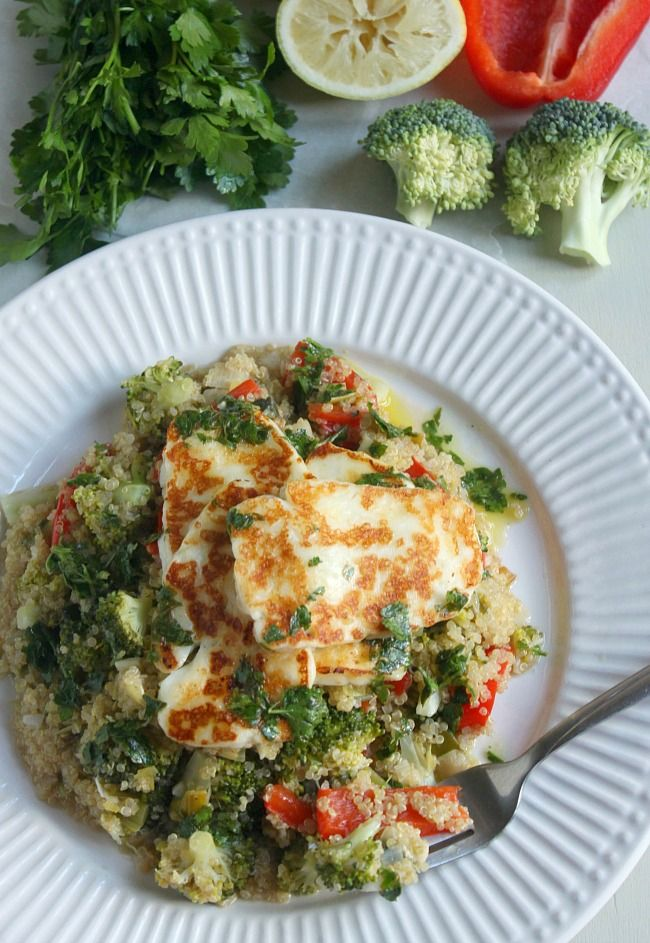 Warm quinoa salad with grilled halloumi and parsley dressing | Recipe