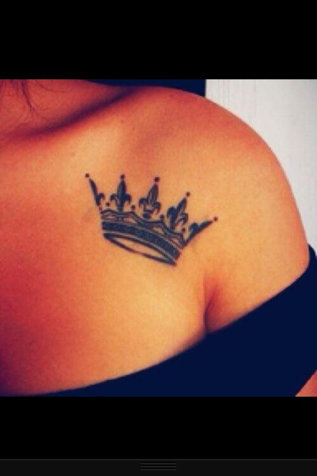 Фото женские тату на руке корона