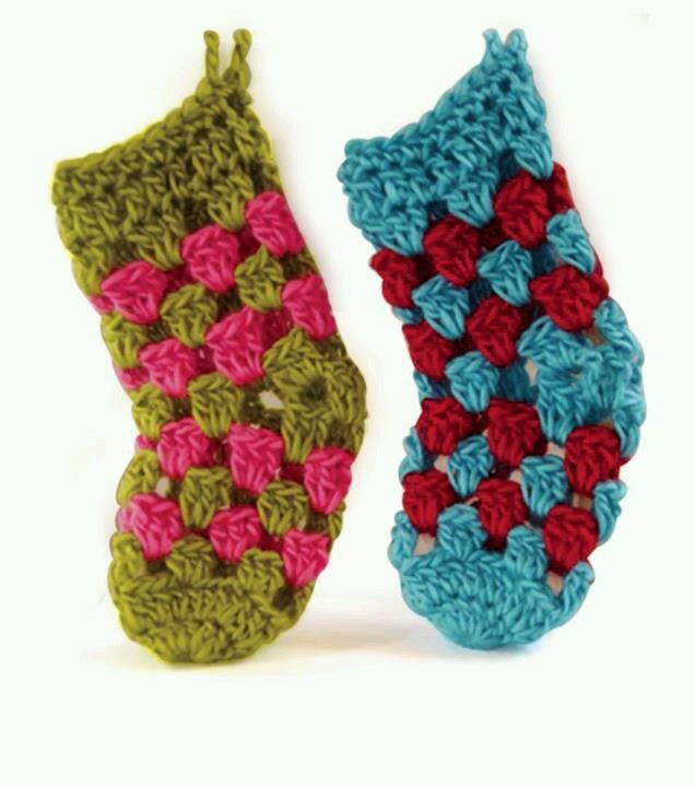 Free Crochet Patterns For Mini Christmas Stockings : Mini stockings... cute :) crochet Pinterest