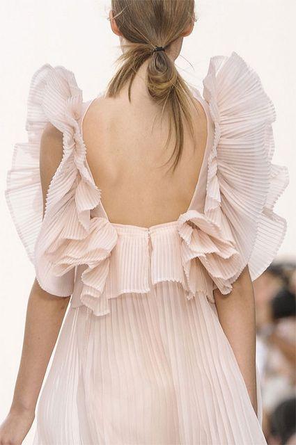 Lovely Back Style Fashion