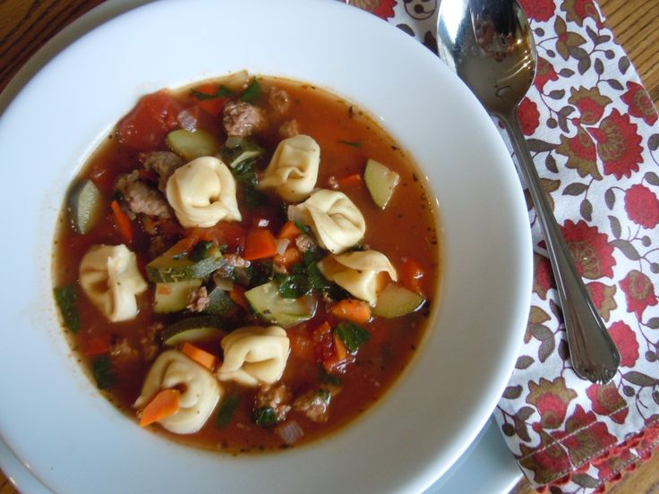 Weight Watchers Italian Sausage and Tortellini Soup 064
