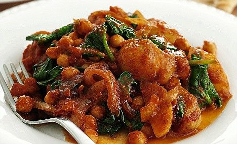 Chickpea, potato and spinach curry recipe - add a cup of coconut milk ...