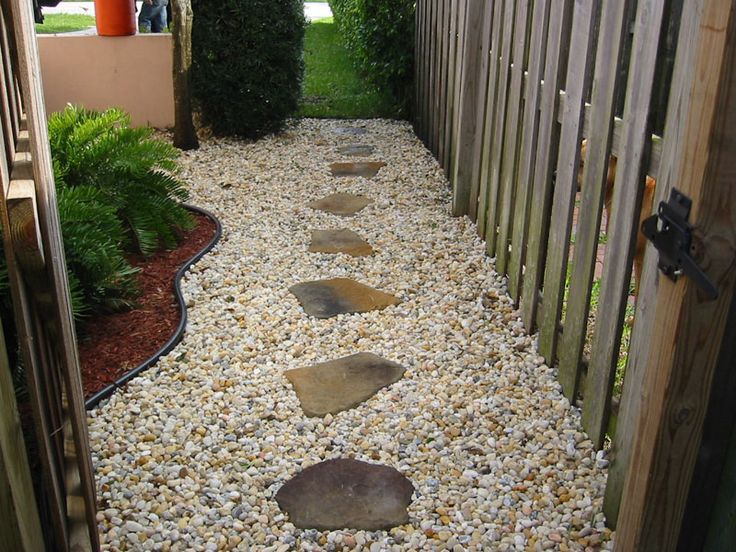 Walkway w rocks stepping stones outside pinterest - Stepping stones for walkways ...