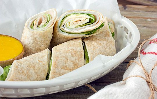 Turkey wraps with Honey Mustard Dip - Yummy Superbowl food that doesn ...