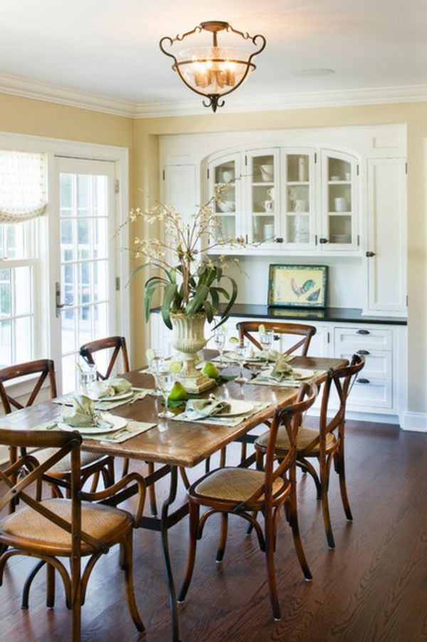 ... Raum wohnlicher gestalten - esszimmer ideen antike vase als tischdeko
