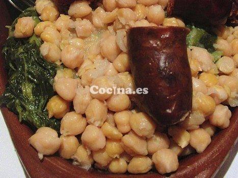 Cocido extremeño: http://cocido-extremeno.recetascomidas.com/