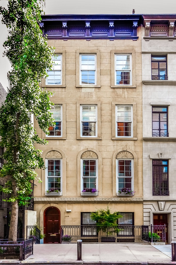 Townhouse upper east side nyc nyc homes pinterest for Upper east side houses