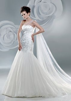Zenobia Wedding Dresses 83
