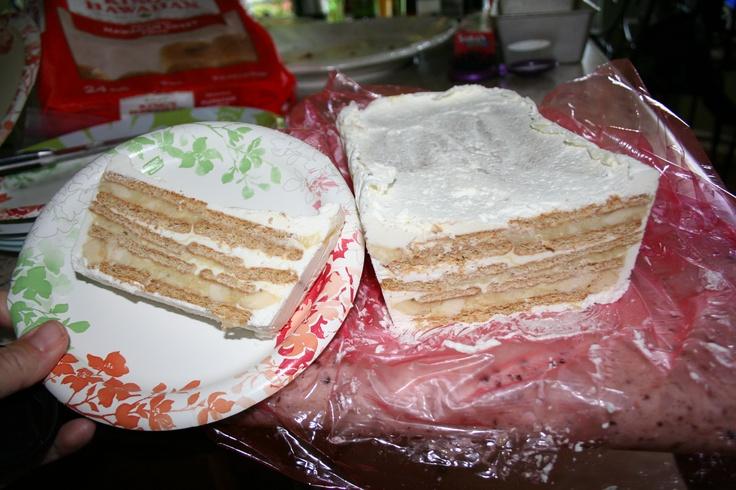 Classic Icebox Cake, except it's a banana cream pie! Layers of graham ...