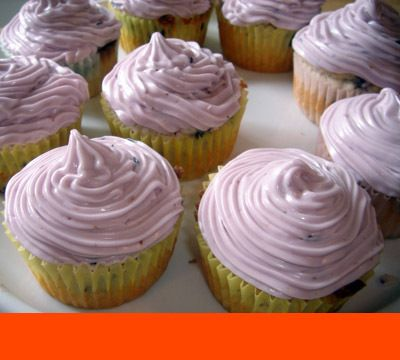 Blueberry Cupcakes w/ Blueberry Cream Cheese Frosting ♥ ♥ ♥